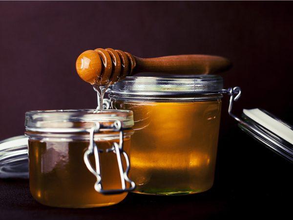 Мед — перший помічник при застудах